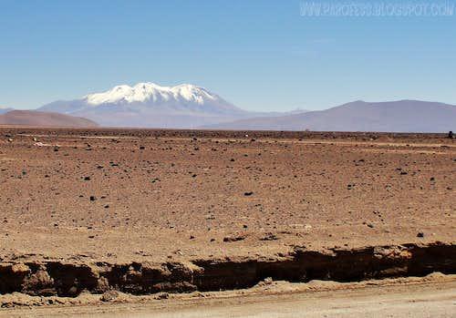 Aucanquilcha volcano