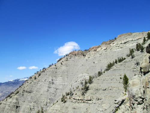 Looking up the northwest face of Mount Everts from halfway up