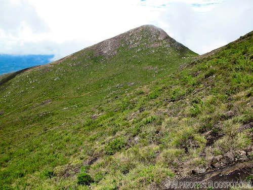 Pedra Roxa 15 min away