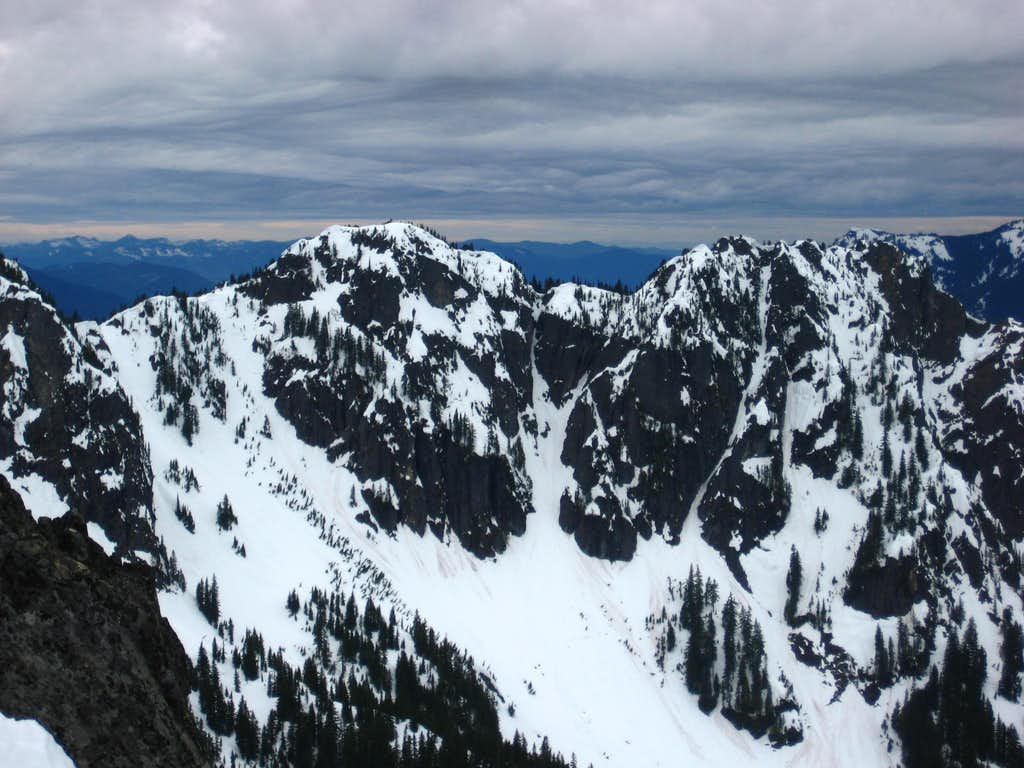 Tatoosh Range views