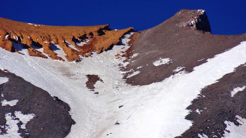 Upper part of Avalanche Gulch and Red Banks, Mt Shasta
