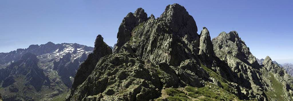 The black towers of Punta Stranciacone