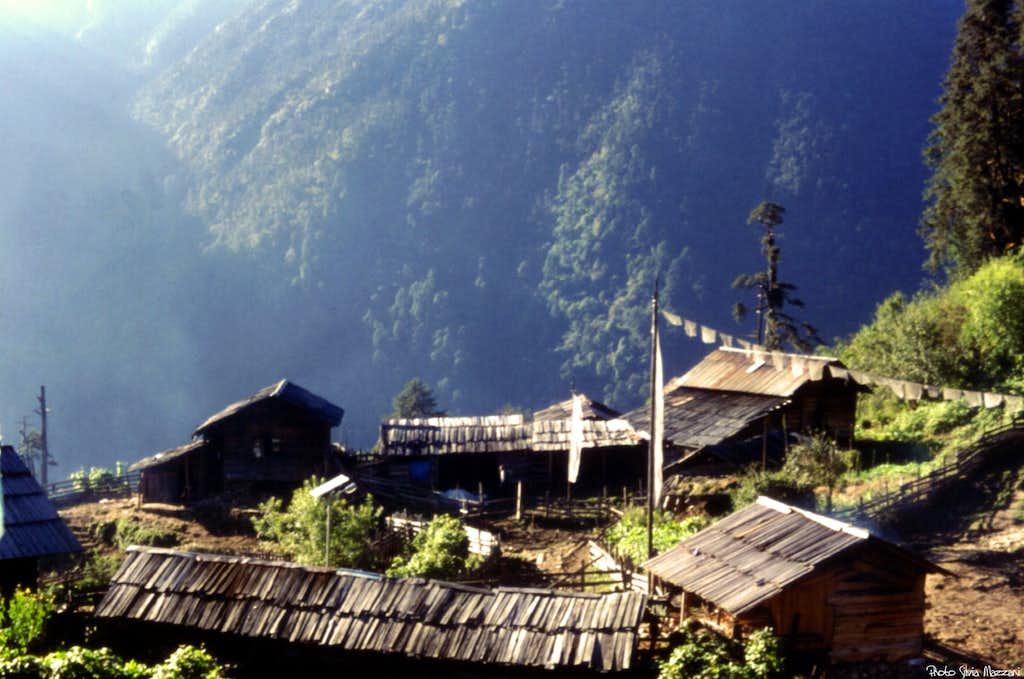 The small hamlet of Tsokha