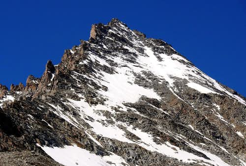 The famous 3.500m in the Aosta Valley and the normal route or no  (Cogne Valley)