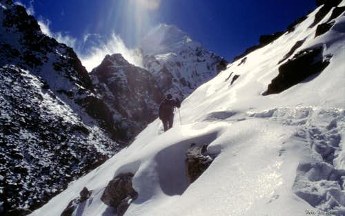 Last snowy slopes before Goecha Là