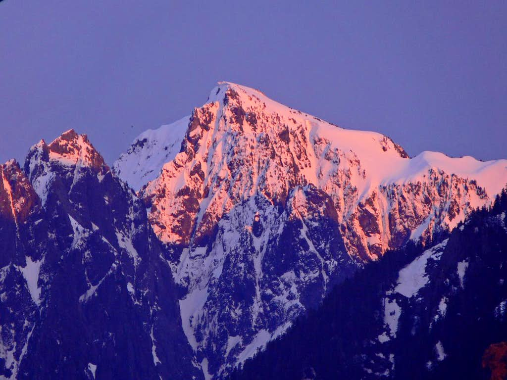 Alpenglow on Mount Index