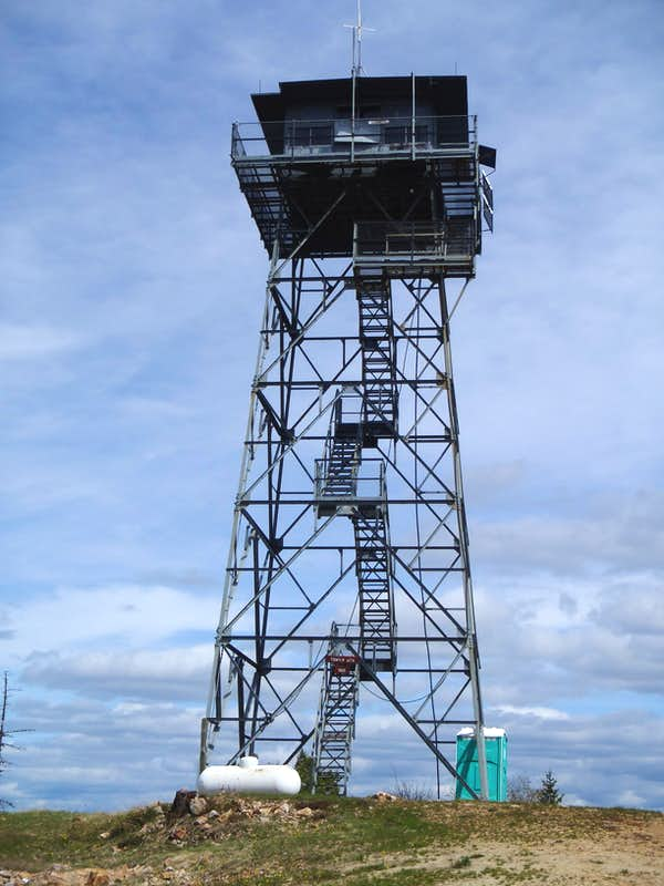 Fire lookout tower house plans for Fire tower cabin plans