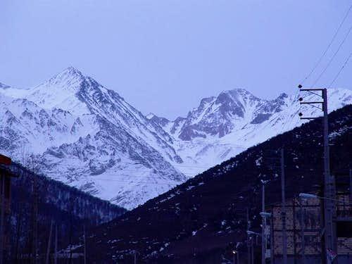 Takht-e-Soleiman massif