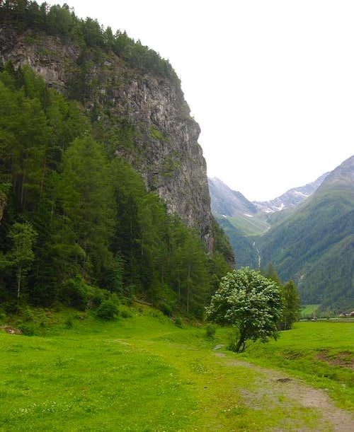 Burgsteinwand