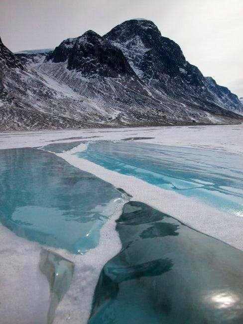 The frozen floor of Akshayuk...