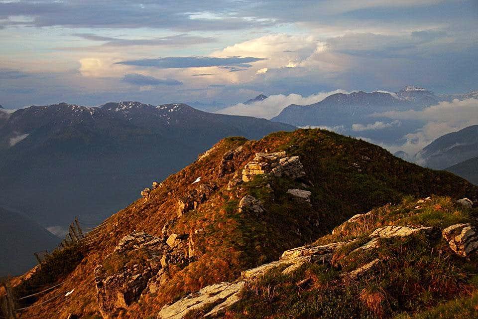 Monte Tamai east ridge