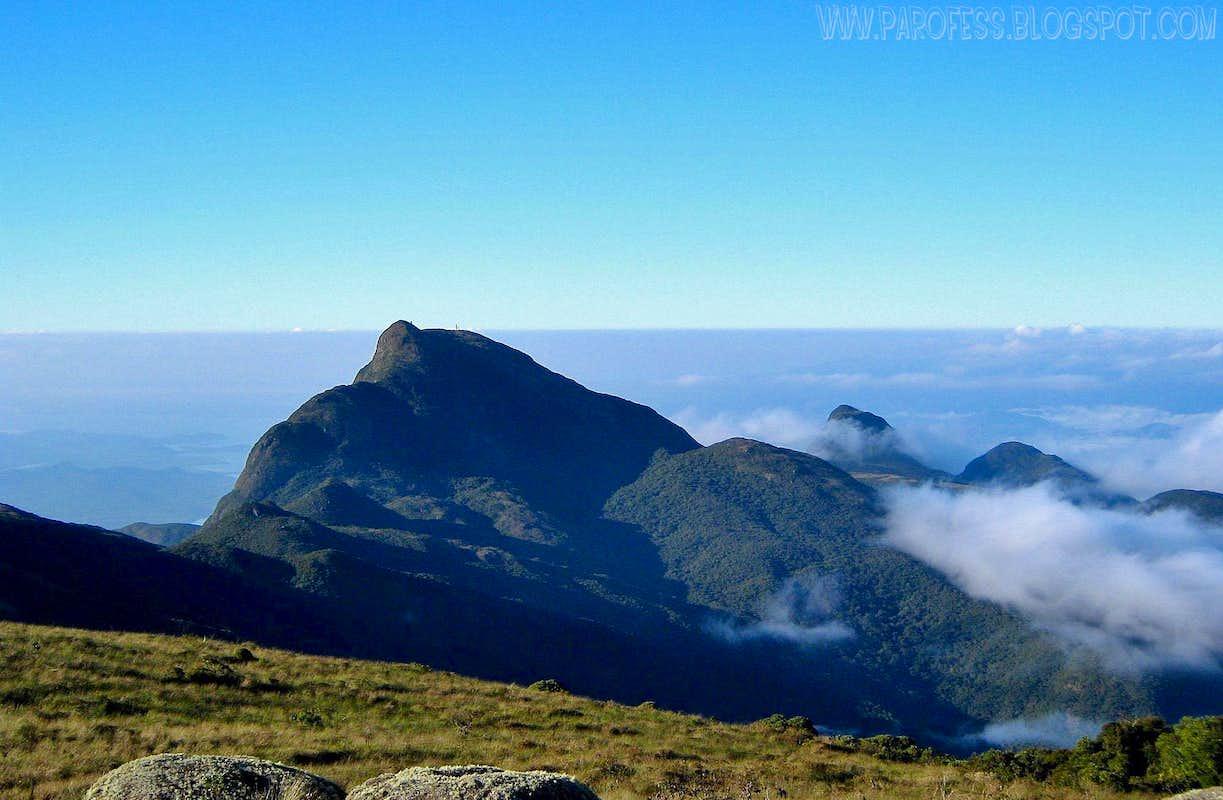Ciririca Peak. 1720m
