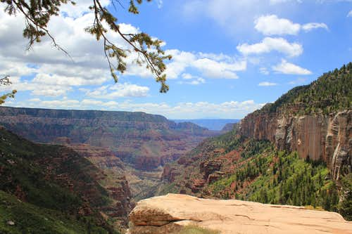 Coconino Overlook on North Kaibab Trail
