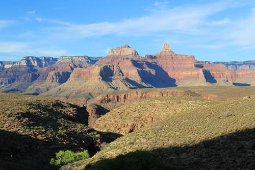 Looking north on way to Plateau Point