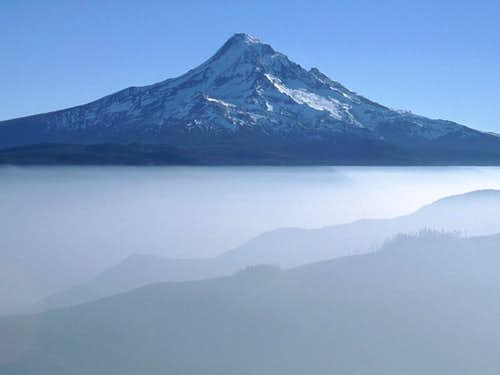 Mt. Hood above Temperature Inversion
