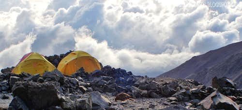 El Salto base camp, 4290m