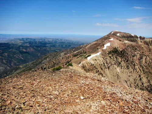 approaching summit of Squaretop
