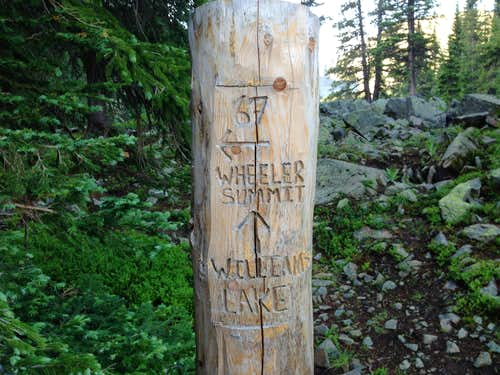 Summit trail marker