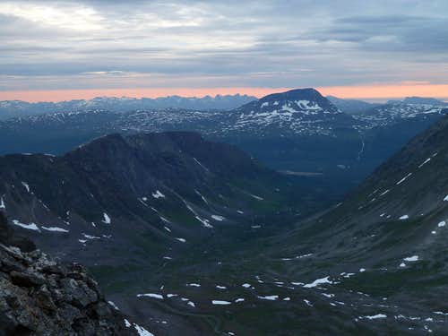 Tromsdalstind and Fagerfjellet