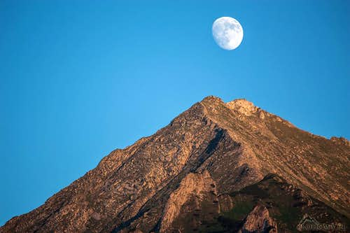 Moon shining over Havran peak