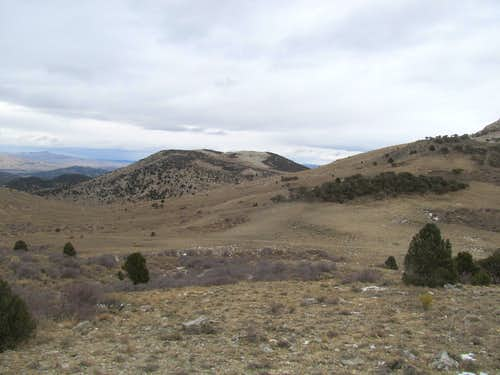 hills near the highpoint