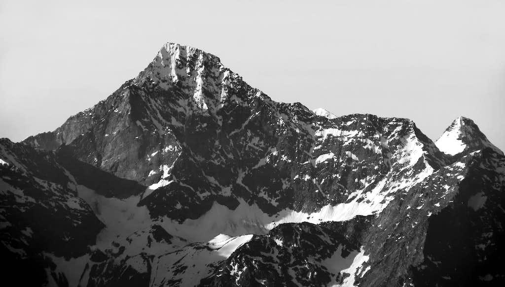 Emilius's North Face in B&W
