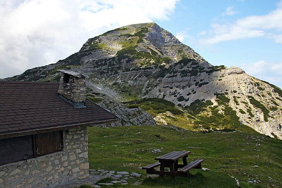 Cima Dodici from the east