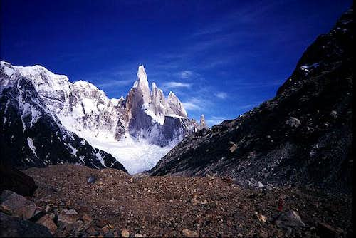 Approaching to Cerro Torre,...