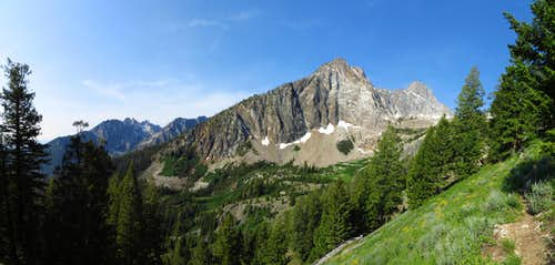 Mickeys Spire & Thompson Peak