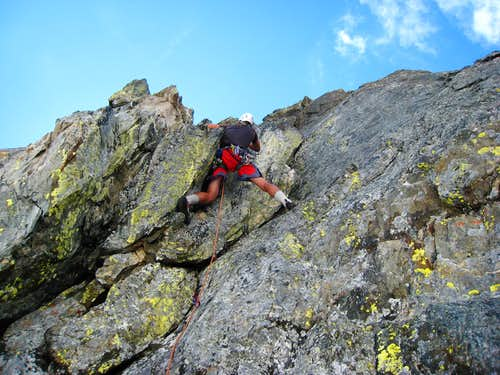 Me leading the 5.7 pitch on Arts Knoll
