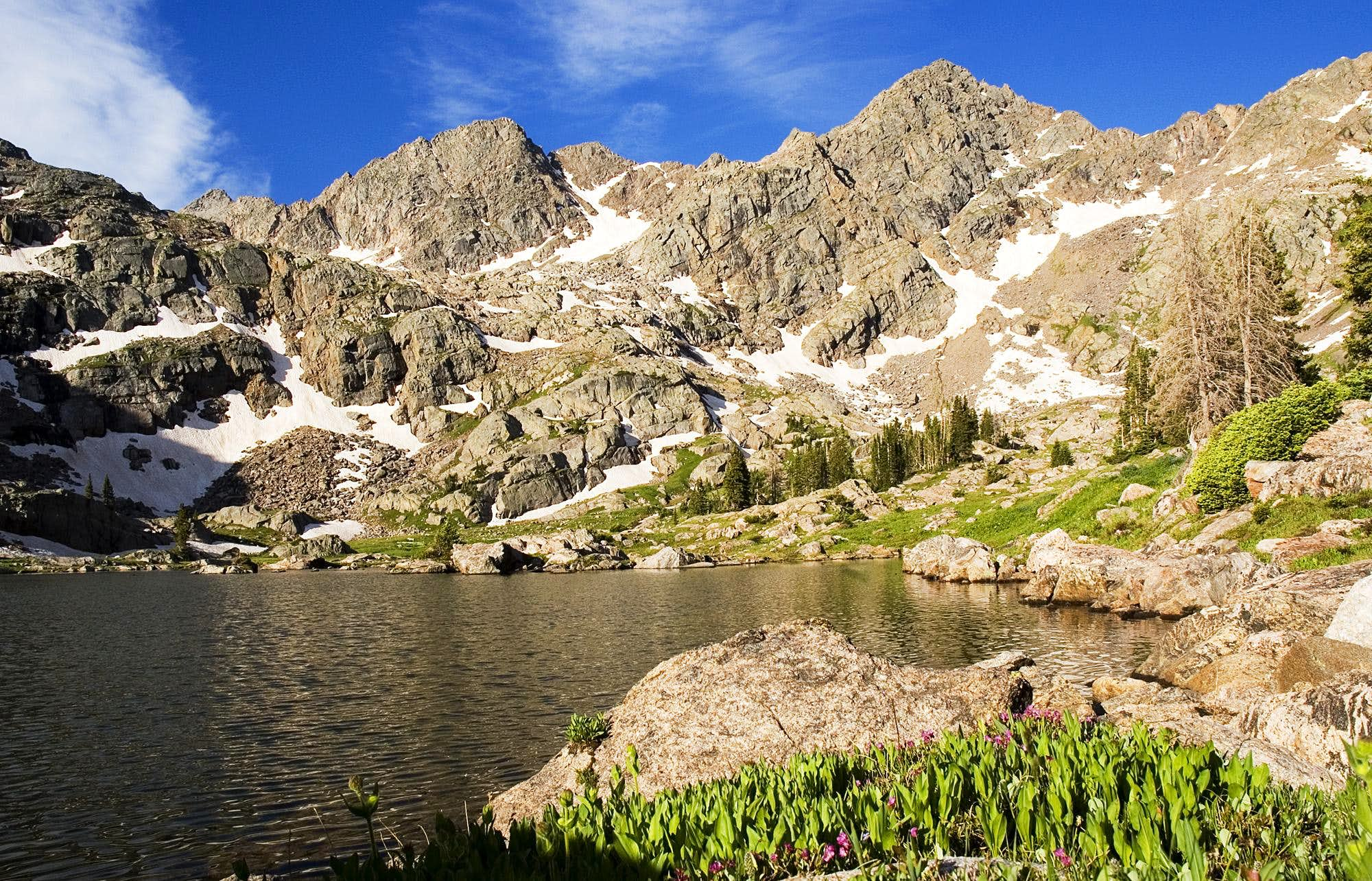 Gore Range / Eagles Nest Wilderness - Kneeknocker Pass, Duck and Bubble Lakes