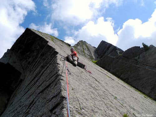 Airy belay on Engelskante (Angels Ridge)