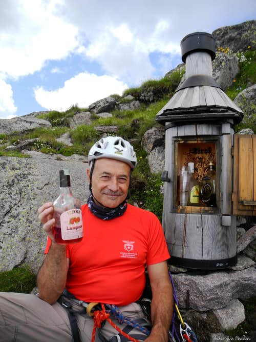 Sarner Scharte, refreshment after the climb!!!