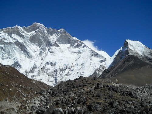 Lhotse-Island Peak