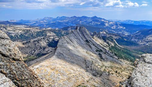 Matthes Crest and Clark Range from Echo Ridge