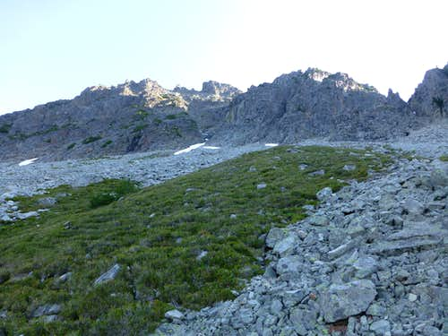 Approaching Foggy Peak's summit gully