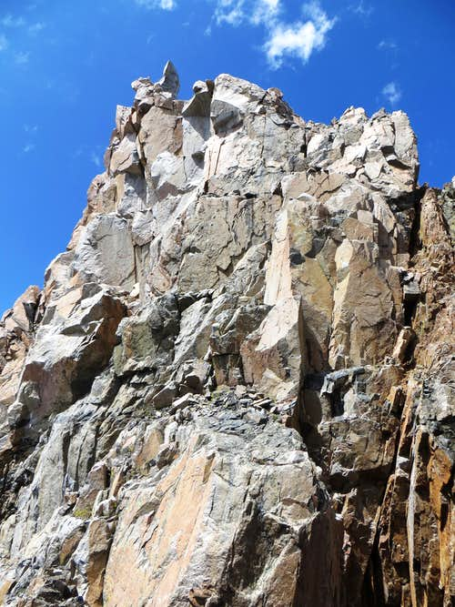 Two rappels to reach the notch