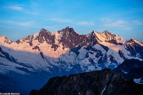 Taschhorn (4492m) & Dom (4545m)