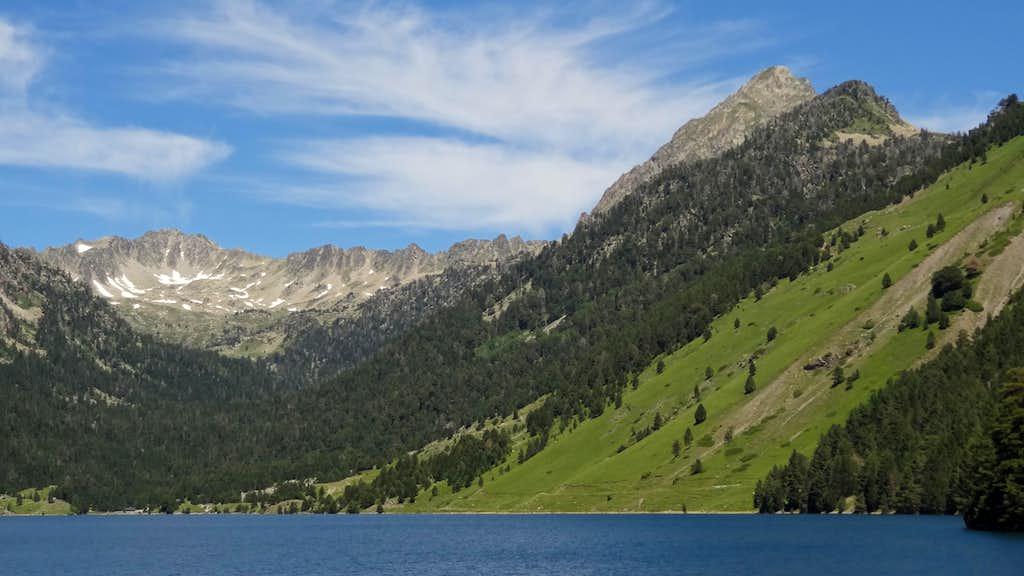Pic de Bastan from the Oule dam