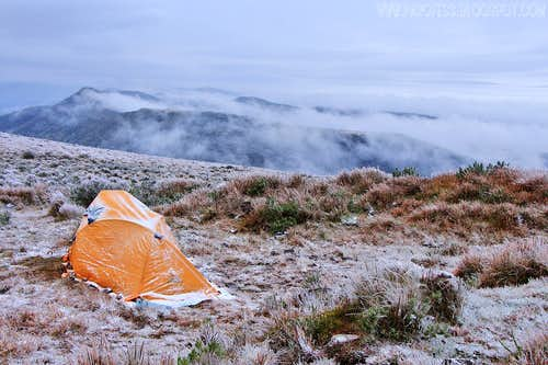 My tent and the snowy Morro das Torres