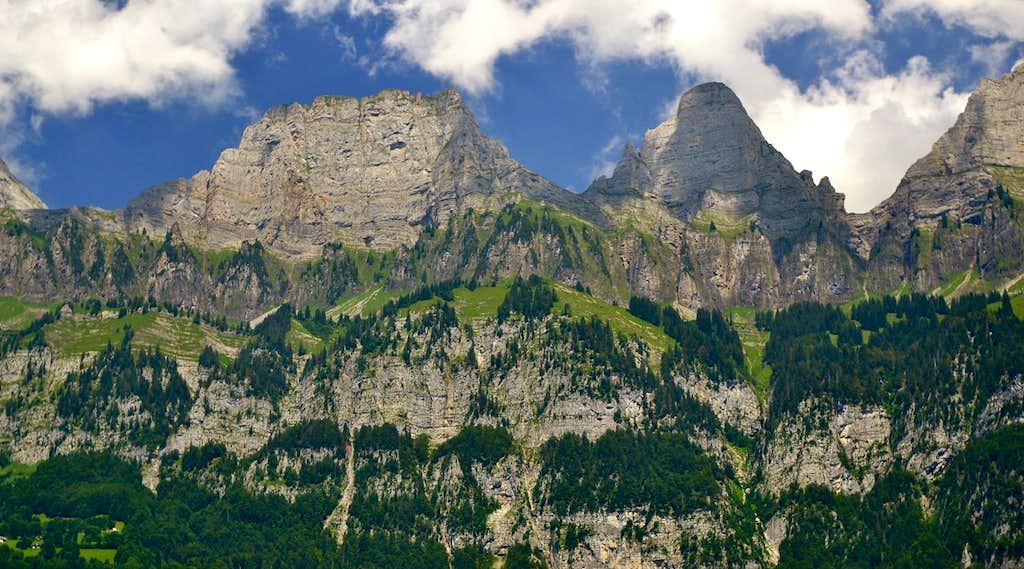 Brisi (2279m) and Zuestoll (2235m)