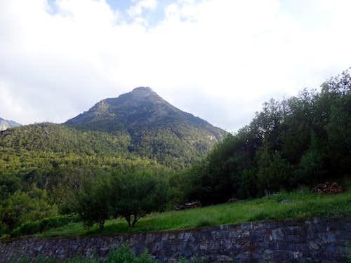 Mont Saint Julien Descending on Main Road Pieiller's Vallon to Fénis Town 2013