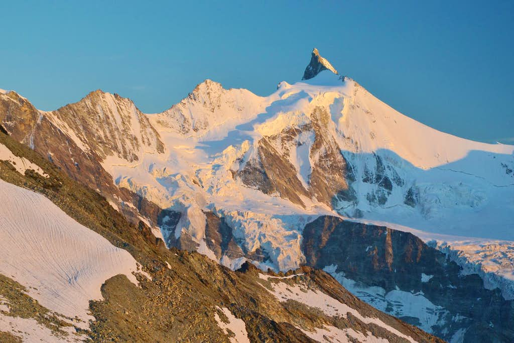 Zinalrothorn in sunset light