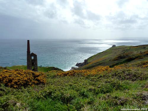 An old mine along the appoach to Trewavas Cliff