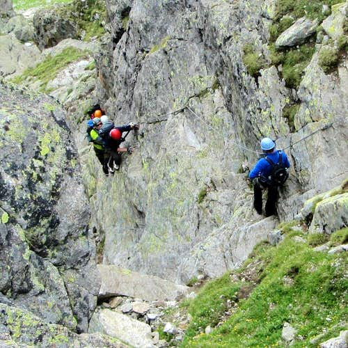 A closer look at climbers on the Kleinlitzner Via Ferrata
