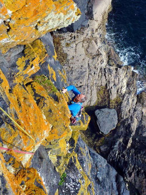 Exciting pitch on Martell Slab, Tater Du