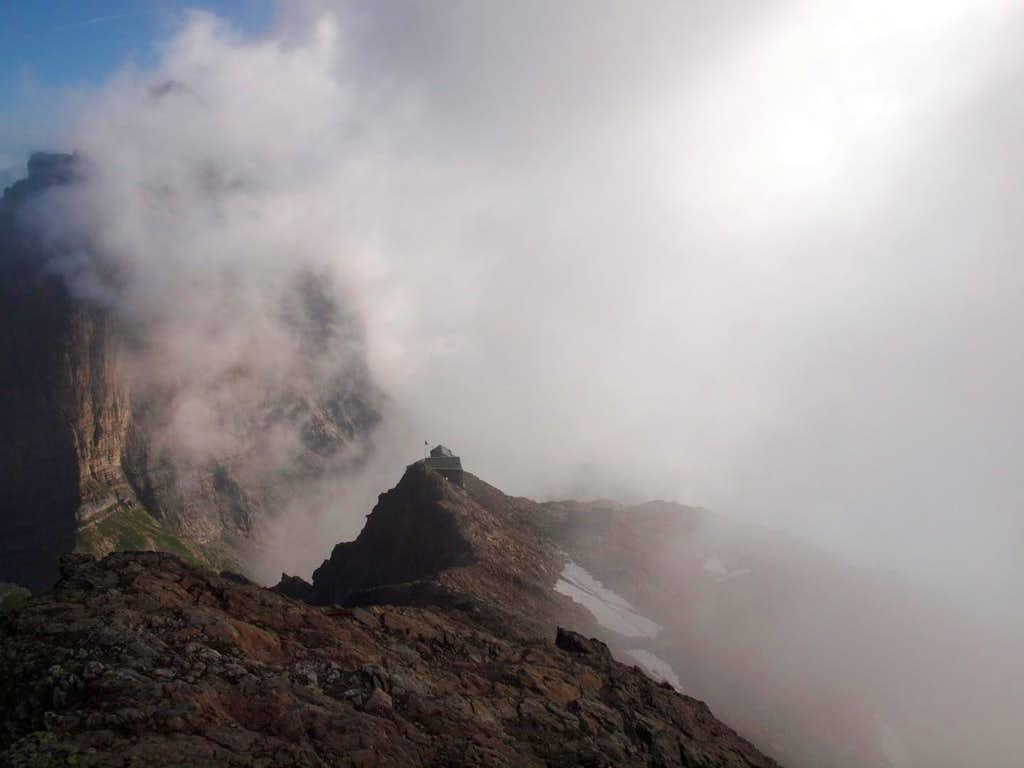 Dossenhütte (2663m)