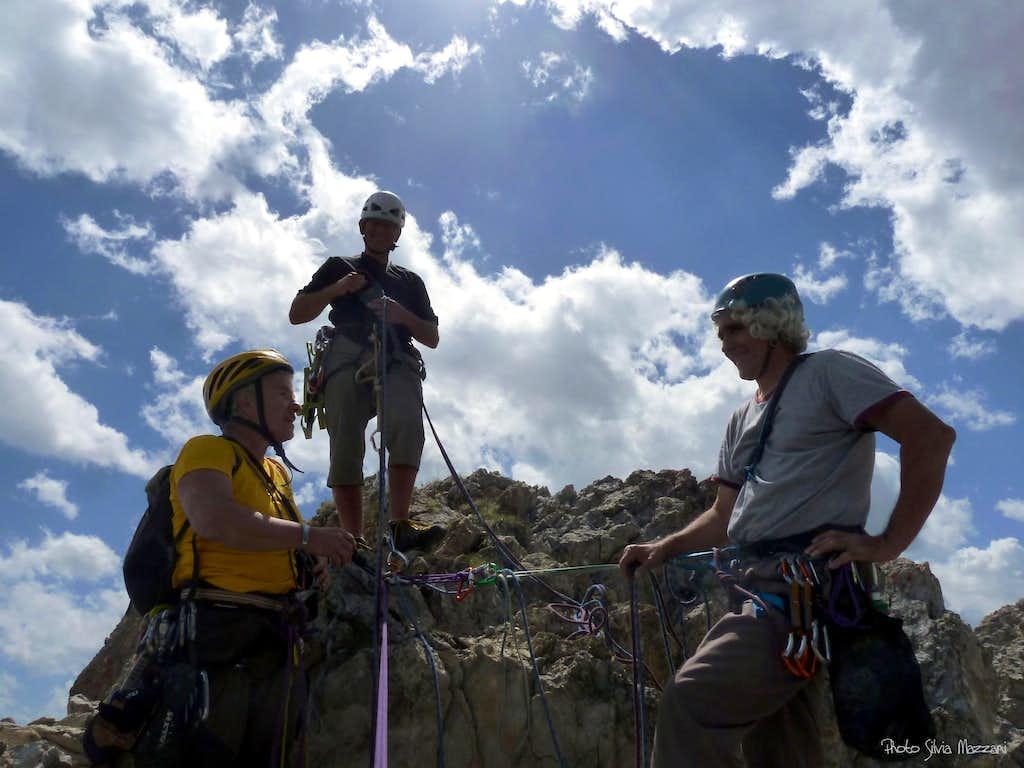 Friends on the summit of Crete de Moutouze