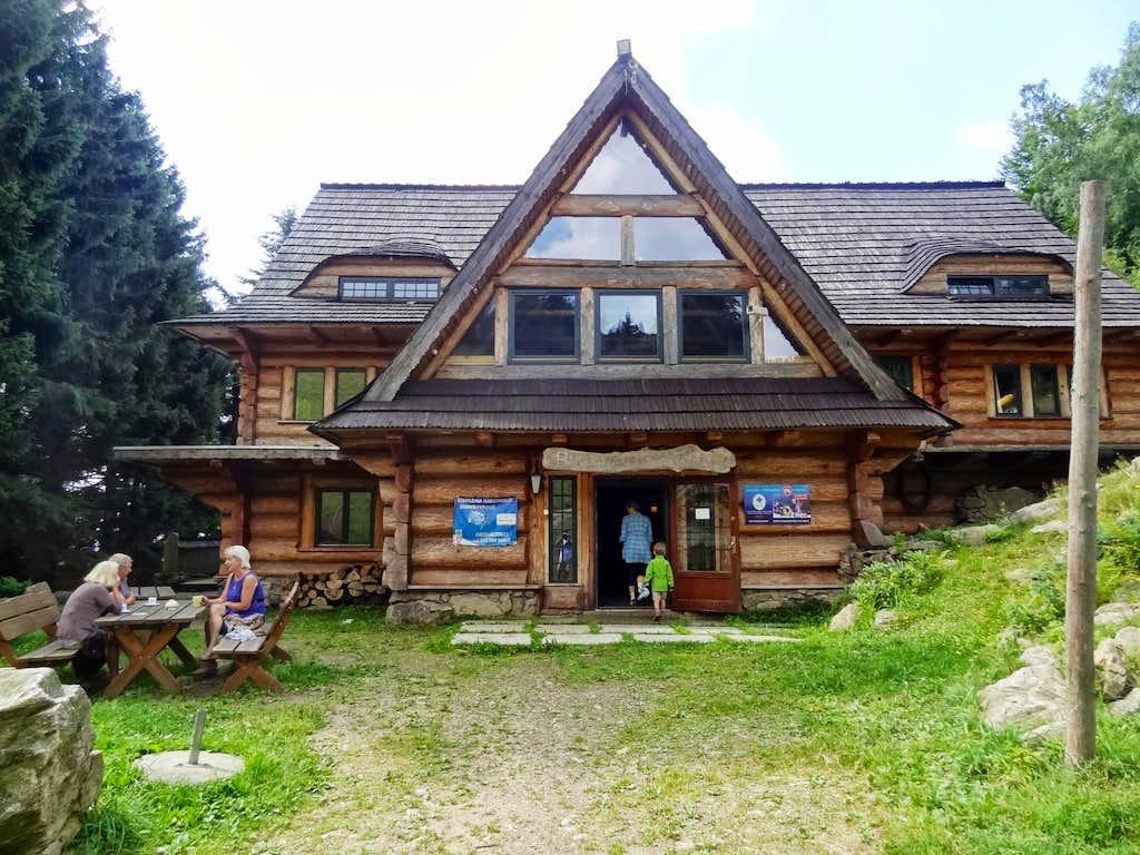 Bukowa Chata near Przełęcz Jugowska