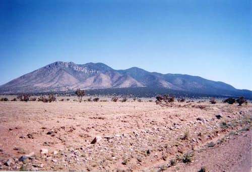 A view of Carrizo Peak.